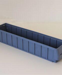 Lys blå plastkasse 490x115x90mm