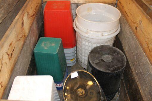 Brugte assorterede affaldsspande ca 30 stk.