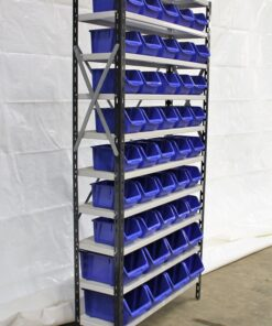 Brugt reol med 43 nye kasser