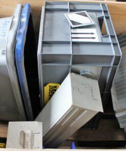 Brugte assorterede kasser