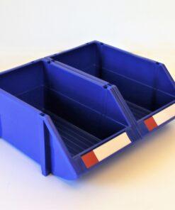 Blå plukkasser sat sammen