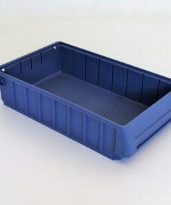 kasse i blå plast på 390x320x90mm